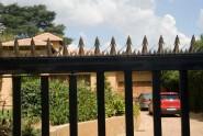 Anti-intruder galvanized wall security spikes