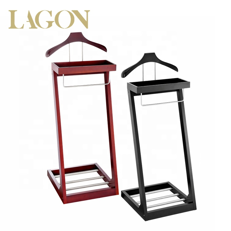 Fashion Solid Wooden Suit Hanger Stand with Shoe Tray for Bedroom W1000902