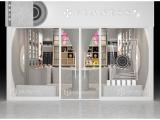 Store space design of vinyl town