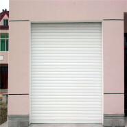 Thermal insulation door with polyurethane foam