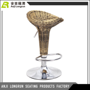 High quality China manufacturer durable adjustable bar stool rattan with footrest