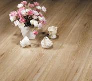 Q2_Fine embossed surface_FXM2136_Arc buckle laminate flooring