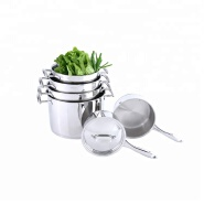 Stackable stainless steel stockpot/ casserole set