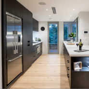 Modern Style High Gloss White Lacquer Kitchen Cabinets