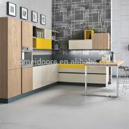 Modern design high gross UV kitchen cupboard kitchen cabinet in China