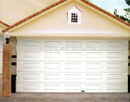 Automatic roller garage door with remote control