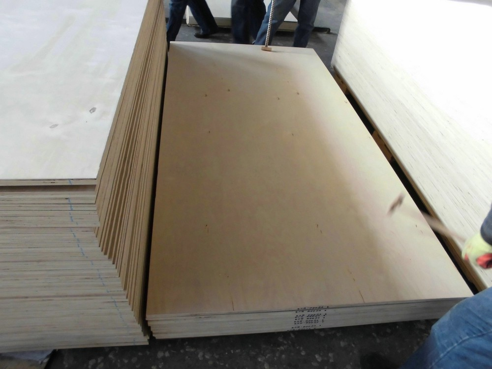 cheap price poplar artificial veneer plywood