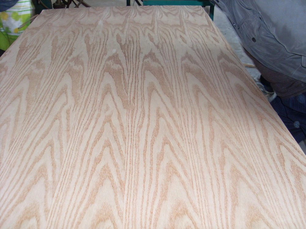 Natural red oak veneer faced 8mm thickness MDF for furnitures