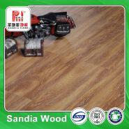 Gradient Handscraped Laminate Flooring / 8.3mm/12.3mm Beech Wood Master Designs Laminate Flooring