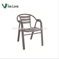 Bazhou City Zhenguo Furniture Factory Outdoor Solid Wood Table & Chair