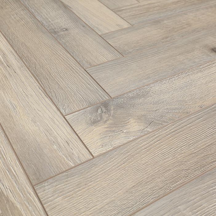 12mm Thickness AC3 Wood Texture oak herringbone flooring