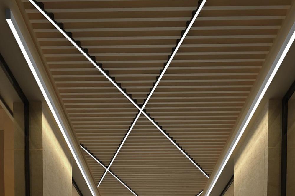 LED STRIP LIGHT LUS3030EL