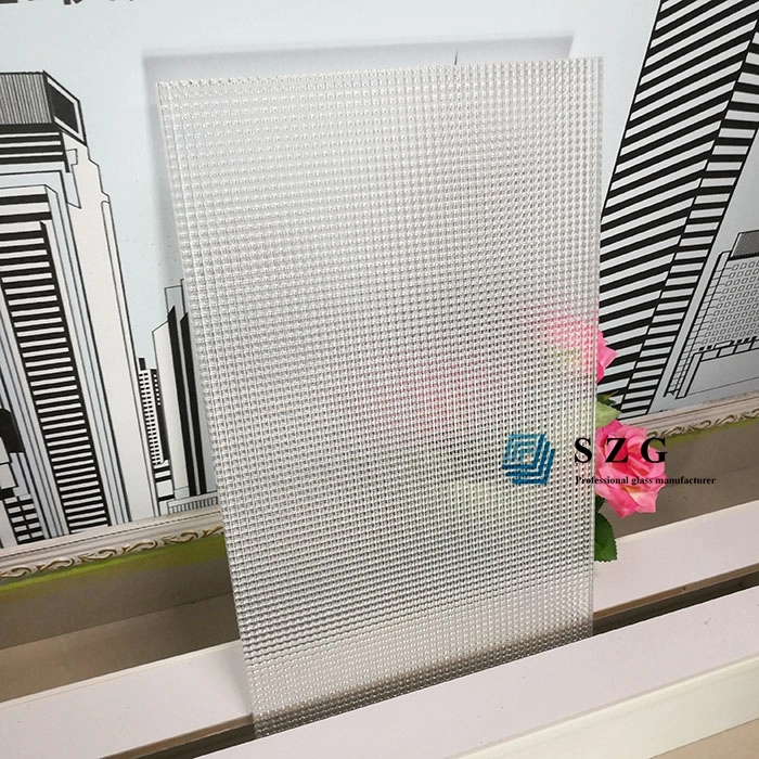 Cross Reeded  decorative laminated glass .png