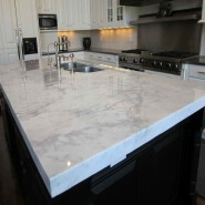 Pre-fabricator Imported Marble Island Countertop in Kitchen