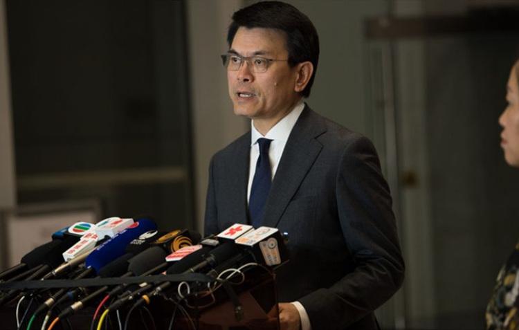 U.S. delays order to label Hong Kong goods