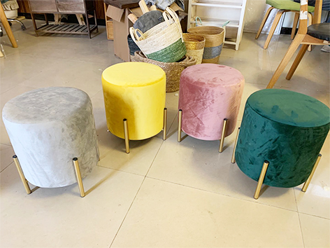 Hot sale! 25% discount four legs round ottomans and stools