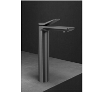 Luxury Matte black Single Handle Deck-Mounted Basin Faucets