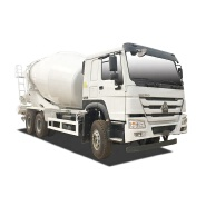 High quality used Howo 8 cbm small cement mixer truck cheap price