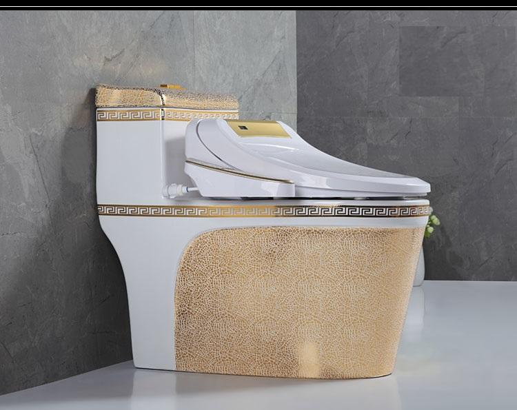 1067B intelligent and smart golden toilet with heating/sensor flushing/sensor cover/Bluetooth