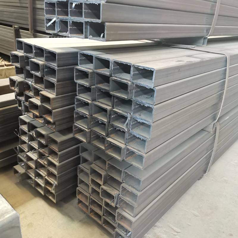 Customized thickness and length seamless carbon steel square pipe tube st37