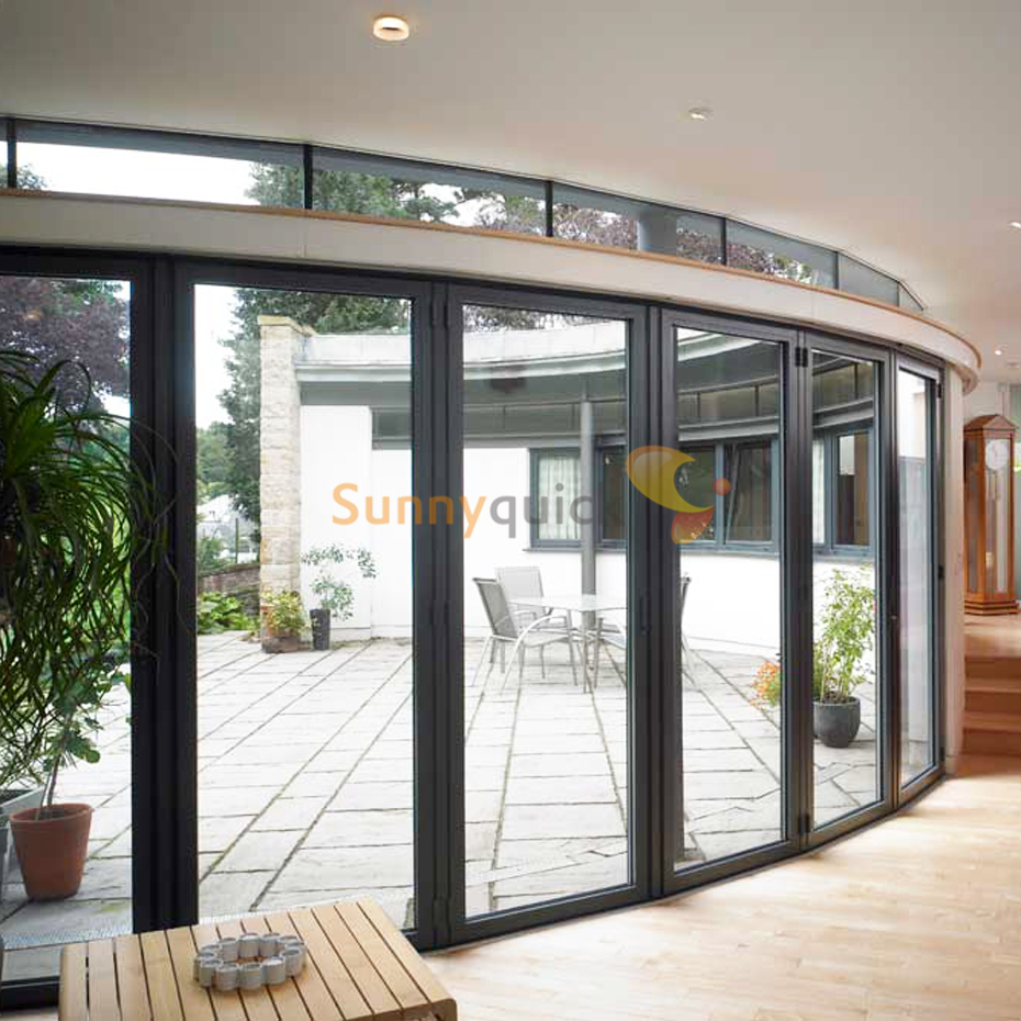 Sunnyquick aluminum glass bi-fold door panoramic aluminium alloyed bi folding sliding doors with man door