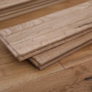 18mm Oak UV Lacquered Solid Wood Handscraped Hardwood Flooring