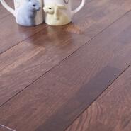 15mm Slight Brushed Solid Oak UV Lacquered Finger Jointed Hard wood Flooring