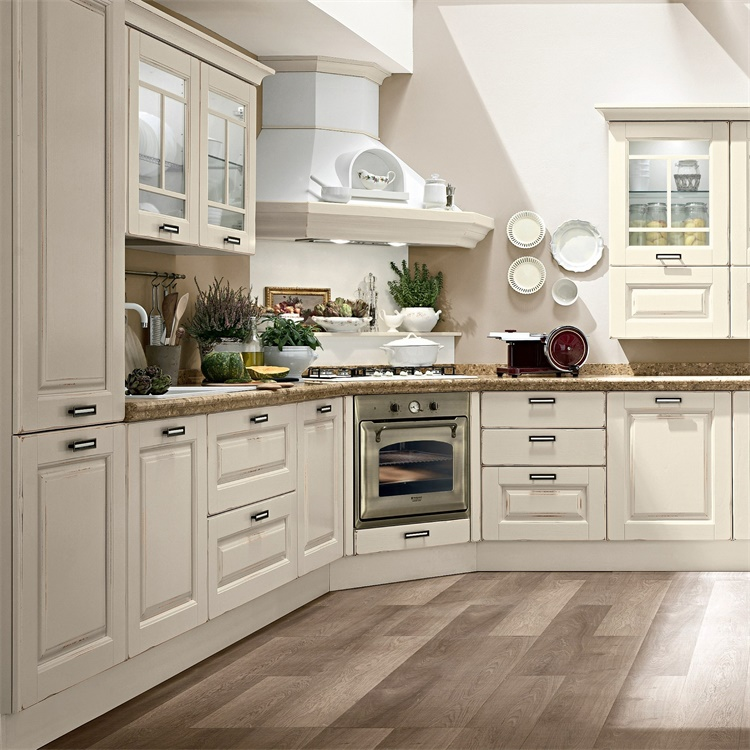 Traditional Style Soft Close Door Kitchen Cabinets Solid Wood For Small Kitchens