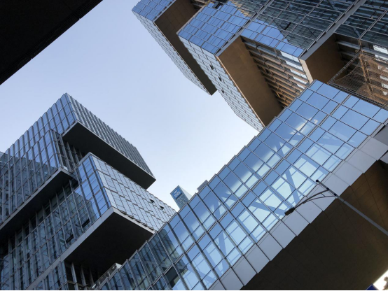 Glass curtain walls.png
