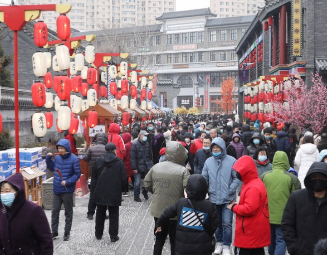 China reports consumption growth during Lunar New Year holiday